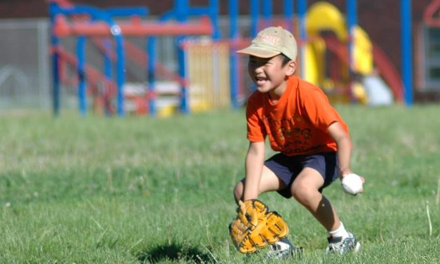 5 Great T Ball Gloves for Toddlers and Young Kids